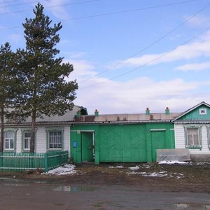 Дом с участком в п. Верхне-Кизильский